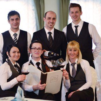 hotel-la-perla-staff-ristorante