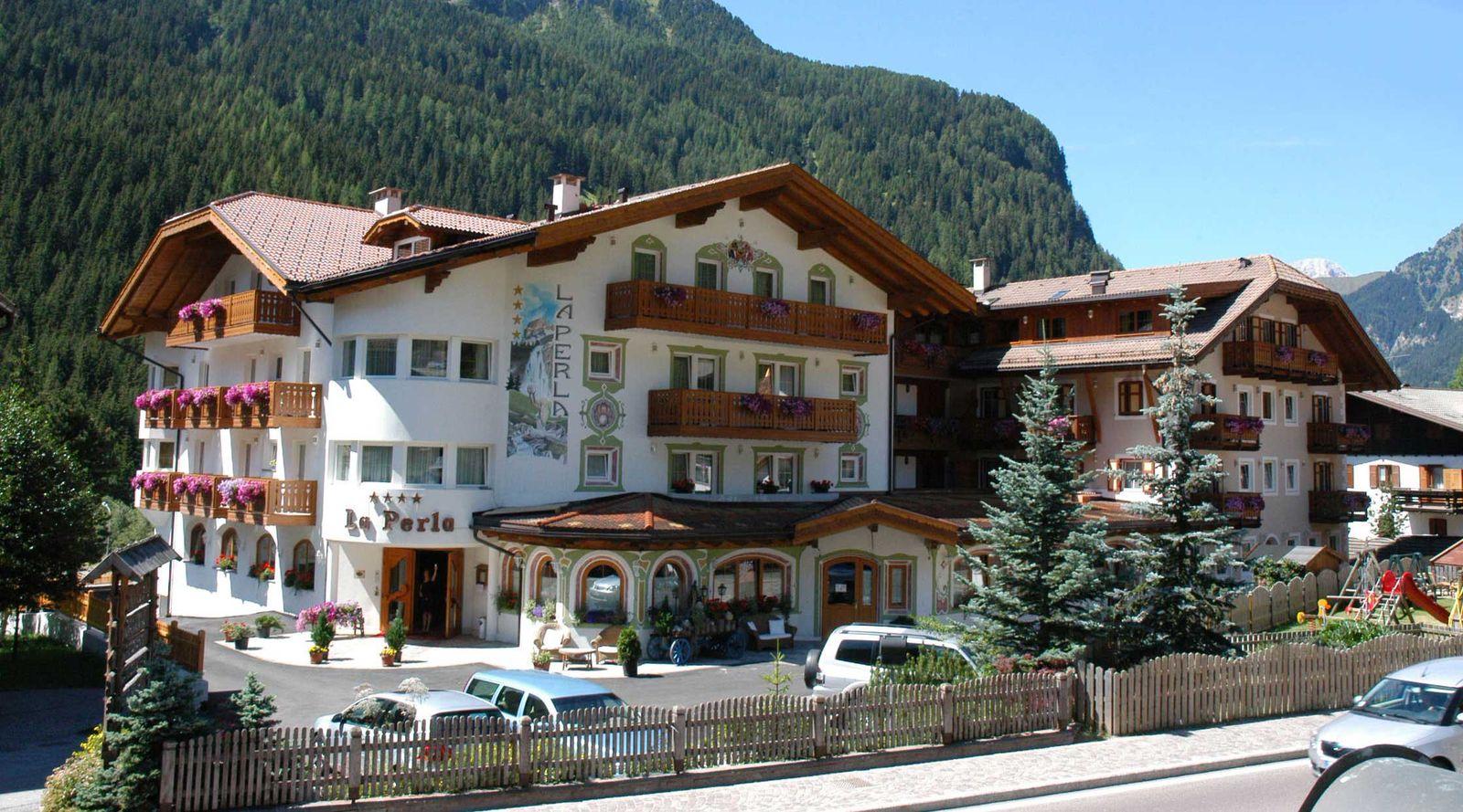hotel canazei