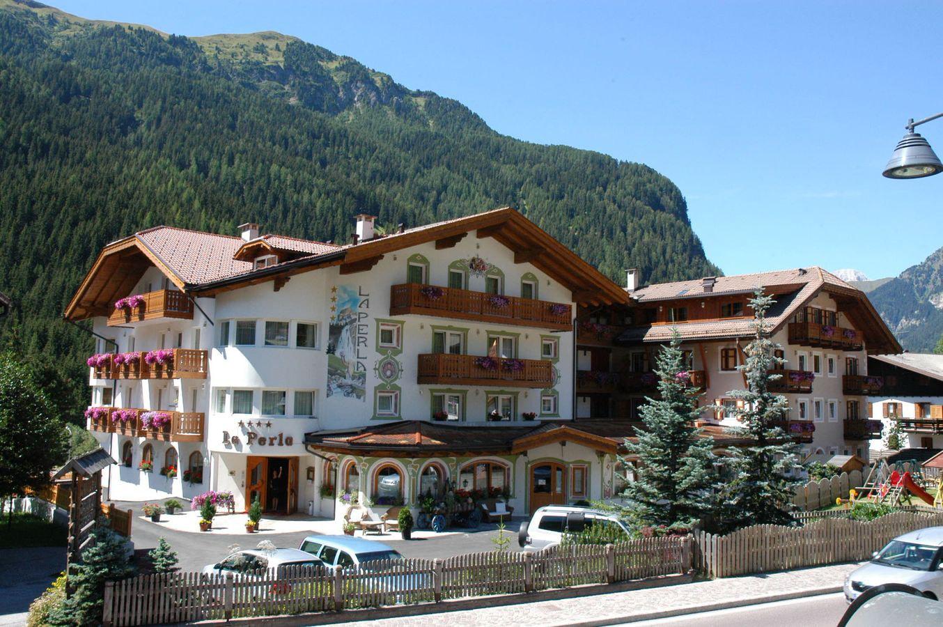 hotel-canazei